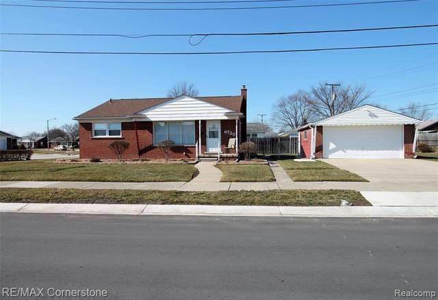 6725 Elizabeth St, Garden City, MI 48135 (MLS #2210013783) :: The BRAND Real Estate