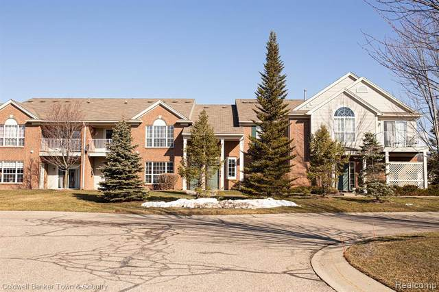 11208 Farmingdale Ln Unit#128-Bldg#1, Walled Lake, MI 48390 (MLS #2210013878) :: The BRAND Real Estate