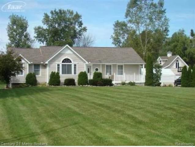5373 Bangor Ave, Flushing, MI 48433 (MLS #2210013597) :: The BRAND Real Estate