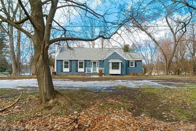 2536 Mccain Rd, Jackson, MI 49203 (MLS #2210011453) :: The BRAND Real Estate