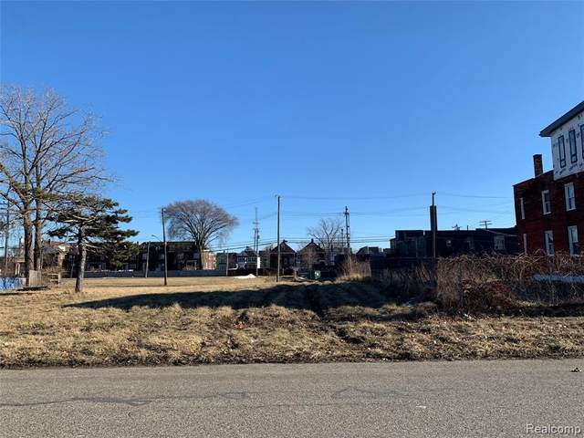 614 E Bethune, Detroit, MI 48202 (MLS #2210014141) :: The BRAND Real Estate