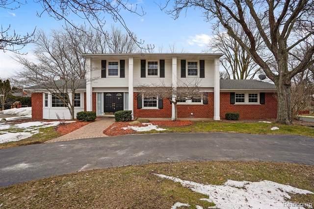 3763 Quarton Rd, Bloomfield Hills, MI 48302 (MLS #2210013565) :: The BRAND Real Estate