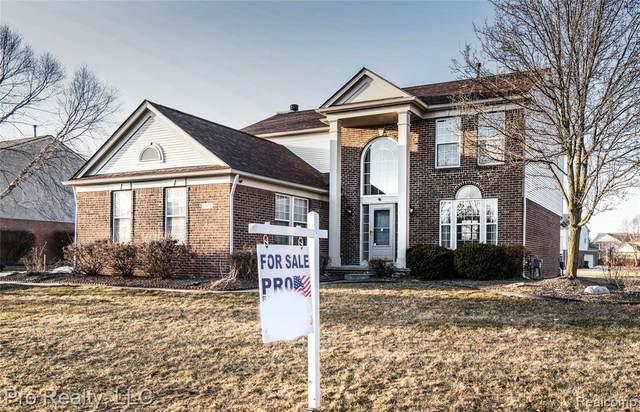 2571 Liberty St S, Canton, MI 48188 (MLS #2210012897) :: The BRAND Real Estate