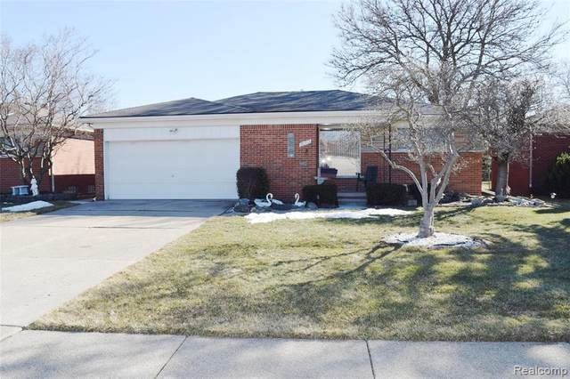 20312 Yale, Saint Clair Shores, MI 48081 (MLS #2210014733) :: The BRAND Real Estate