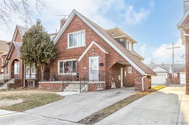 7313 Pinehurst St, Dearborn, MI 48126 (MLS #2210015643) :: The BRAND Real Estate