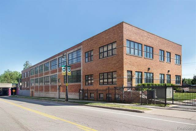 5766 Trumbull St Unit#206, Detroit, MI 48208 (MLS #2210018571) :: The BRAND Real Estate