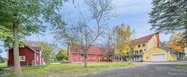 4215 Clarkston Rd, Clarkston, MI 48348 (MLS #2210021853) :: The BRAND Real Estate