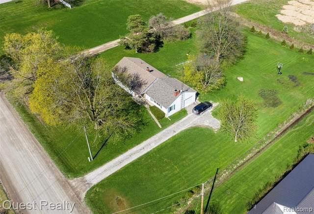 8251 Beers Rd, Swartz Creek, MI 48473 (MLS #2210025794) :: The BRAND Real Estate