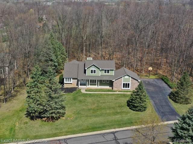 6203 Rosewood Parkway, White Lake, MI 48383 (MLS #2210025818) :: The BRAND Real Estate