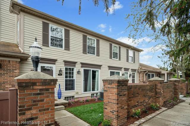 725 Eastwind Dr, Canton, MI 48188 (MLS #2210024920) :: The BRAND Real Estate