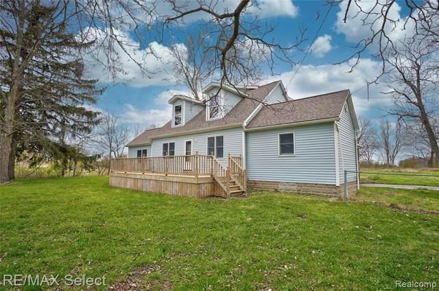 7209 E Richfield Rd, Davison, MI 48423 (MLS #2210024837) :: The BRAND Real Estate
