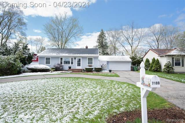 7100 Ryburn St, Shelby Twp, MI 48317 (MLS #2210028015) :: The BRAND Real Estate