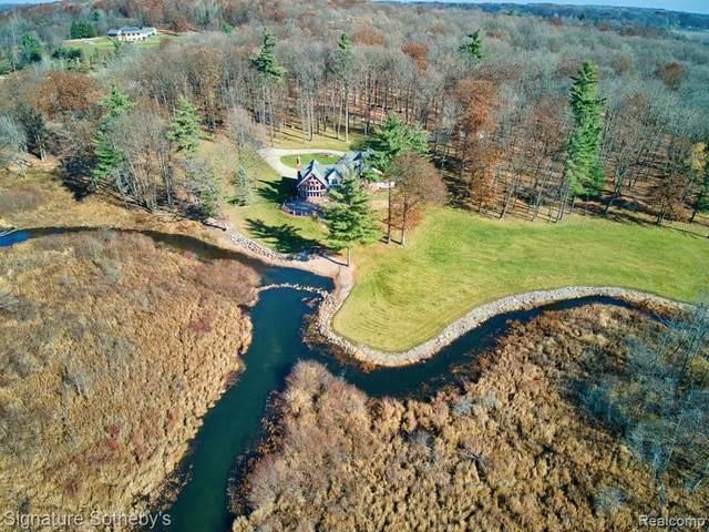 4390 Rayco Dr, Metamora, MI 48455 (MLS #2210028046) :: The BRAND Real Estate