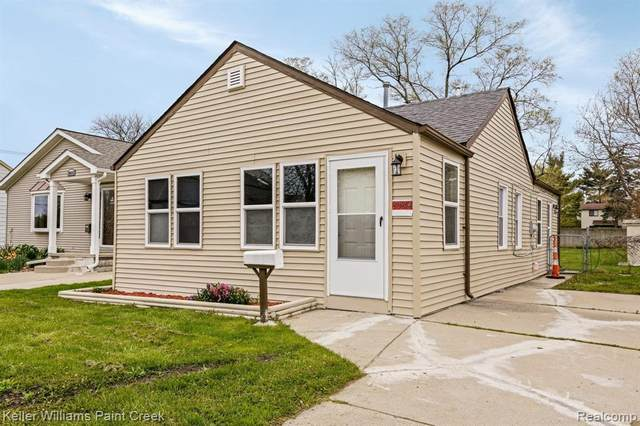30824 Palmer Blvd, Madison Heights, MI 48071 (MLS #2210026914) :: Kelder Real Estate Group