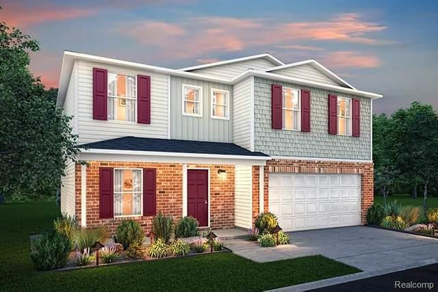 8801 W Park Ridge Cir, Newport, MI 48166 (MLS #2210028235) :: The BRAND Real Estate