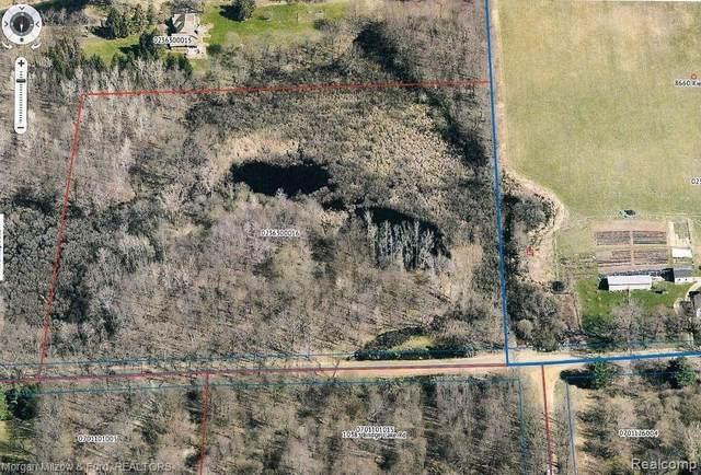 000 Kier Rd, Clarkston, MI 48348 (MLS #2210028523) :: The BRAND Real Estate
