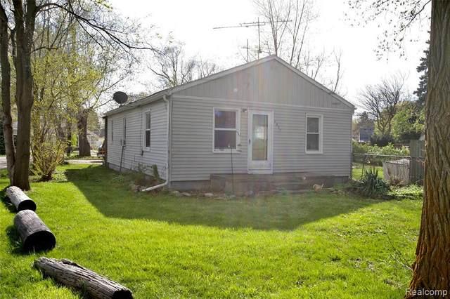 2807 Wisner, Waterford, MI 48329 (MLS #2210028514) :: Kelder Real Estate Group
