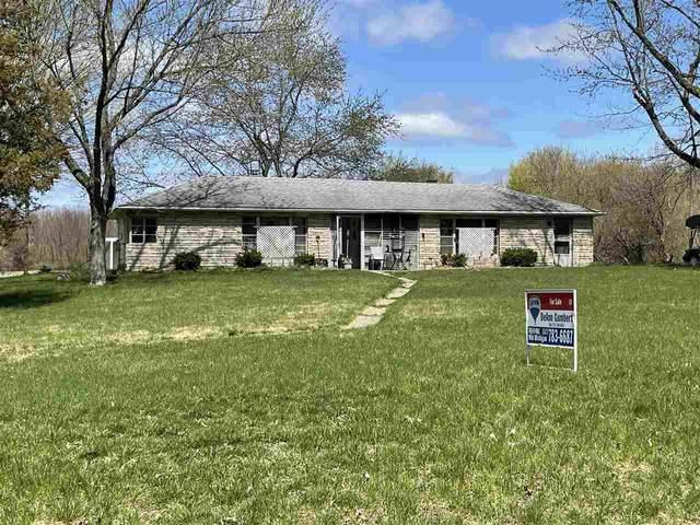 6250 N Lake Dr, Clarklake, MI 49234 (MLS #202101156) :: The BRAND Real Estate