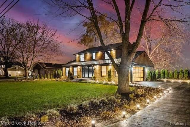 28375 Chatham Rd E, Grosse Ile, MI 48138 (MLS #2210030486) :: Kelder Real Estate Group