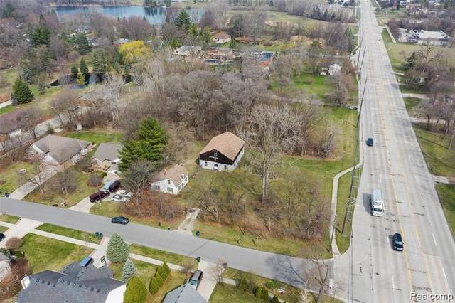 5321 Rochester Rd, Troy, MI 48085 (MLS #2210033016) :: The Tom Lipinski Team at Keller Williams Lakeside Market Center