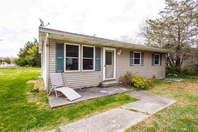 105 Victoria, Brooklyn, MI 49230 (MLS #202101319) :: The BRAND Real Estate