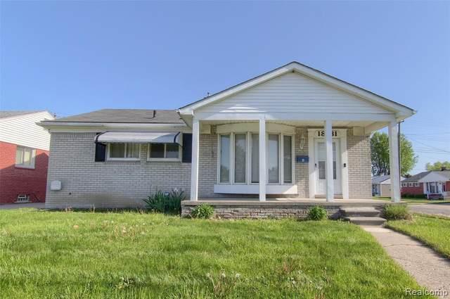 18181 Buckhannon, Roseville, MI 48066 (MLS #2210034081) :: The BRAND Real Estate