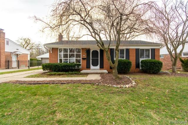 1068 Allen Dr, Northville, MI 48167 (MLS #2210034702) :: The BRAND Real Estate