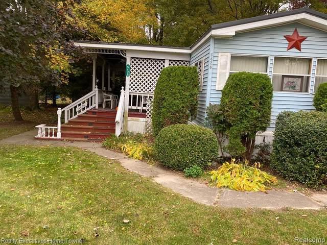 5426 Cedar Dr # 46 St, Croswell, MI 48422 (MLS #2210033848) :: The BRAND Real Estate