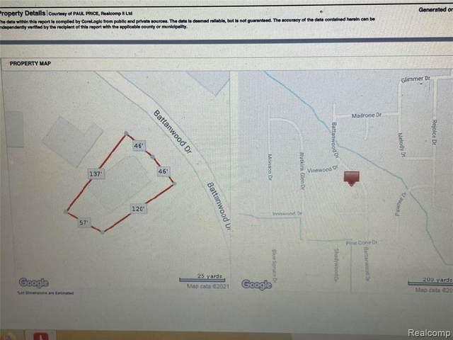 52265 Battanwood Dr, Macomb, MI 48042 (MLS #2210035258) :: The BRAND Real Estate