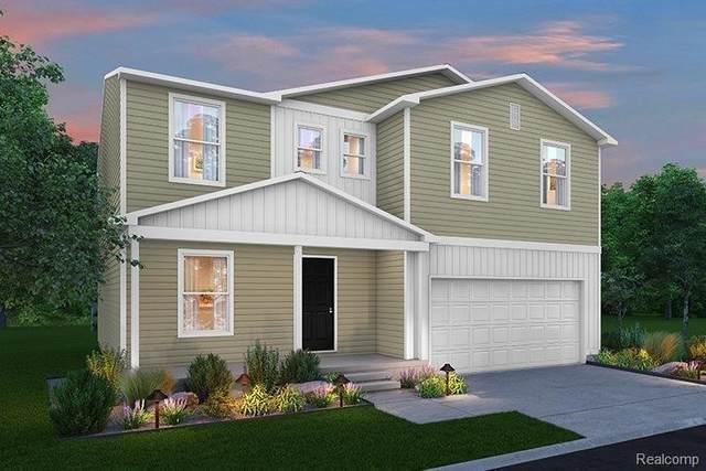 2282 Hunter Ln, Burton, MI 48519 (MLS #2210035350) :: The BRAND Real Estate