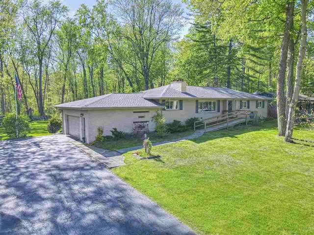 2768 Brookside Blvd, Jackson, MI 49203 (MLS #202101392) :: The BRAND Real Estate