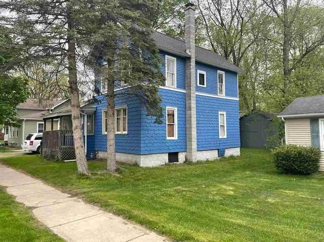 8 W Bacon St, Hillsdale, MI 49242 (MLS #202101397) :: The BRAND Real Estate