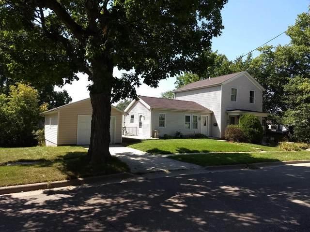 100 S Lewis St, Saline, MI 48176 (MLS #3280956) :: The BRAND Real Estate