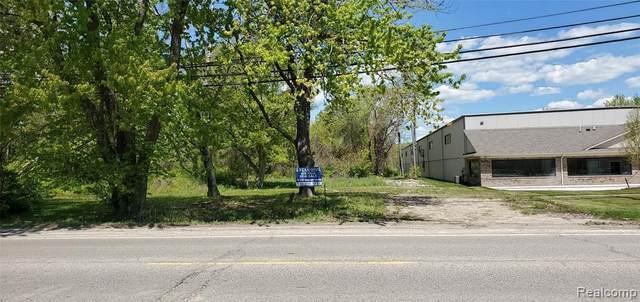 22477 15 MILE, Clinton Township, MI 48035 (MLS #2210035565) :: The BRAND Real Estate