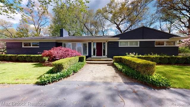 6850 Orinoco Cir, Bloomfield Hills, MI 48301 (MLS #2210035104) :: Kelder Real Estate Group