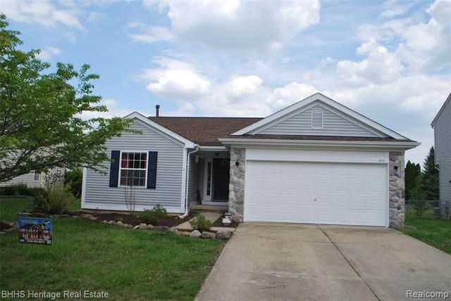 7171 Mission Hills Dr, Ypsilanti, MI 48197 (MLS #2210035677) :: The BRAND Real Estate