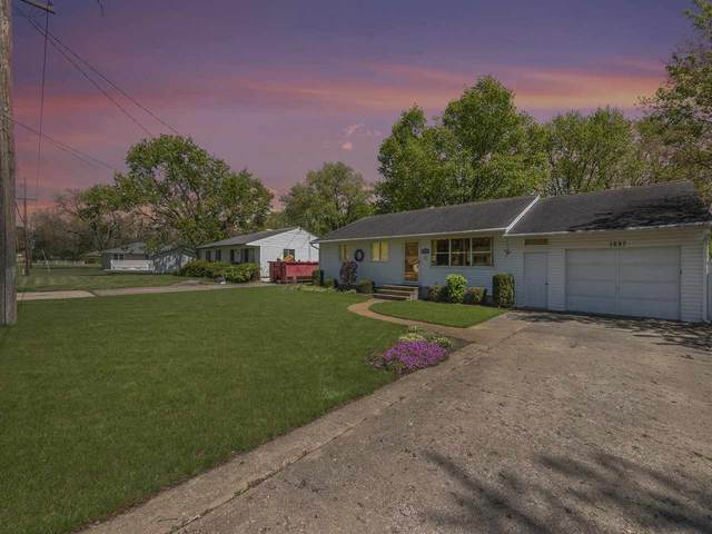 1237 Horton Rd, Jackson, MI 49203 (MLS #202101411) :: The BRAND Real Estate