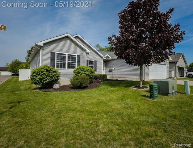 6007 Creekside Dr, Swartz Creek, MI 48473 (MLS #2210036132) :: The BRAND Real Estate