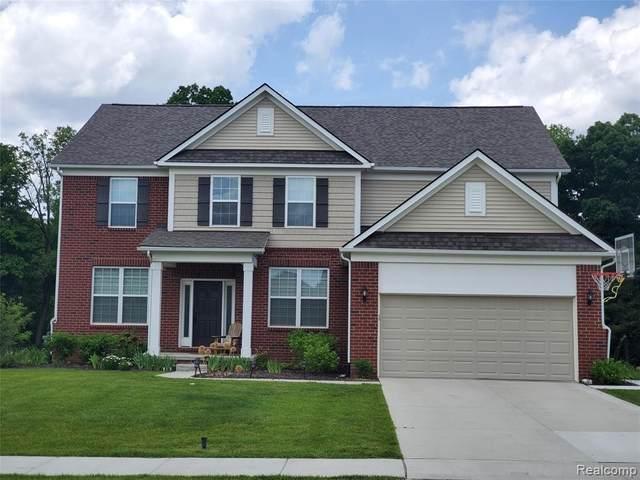 2925 Timber Glen Dr, Ann Arbor, MI 48108 (MLS #2210036294) :: The BRAND Real Estate