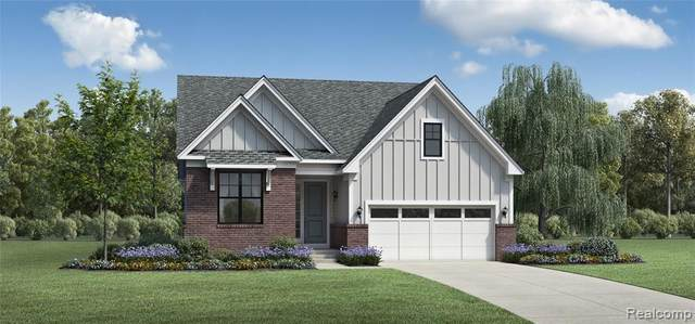 5560 Alia Crt, West Bloomfield, MI 48322 (MLS #2210036330) :: The BRAND Real Estate