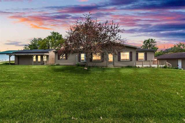 117 Mill St, Addison, MI 49220 (MLS #202101432) :: The BRAND Real Estate