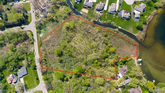 0000 Skeman, Brighton, MI 48114 (MLS #2210035096) :: The BRAND Real Estate