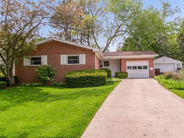 1510 Ardmoor Ave, Ann Arbor, MI 48103 (MLS #3281006) :: The BRAND Real Estate