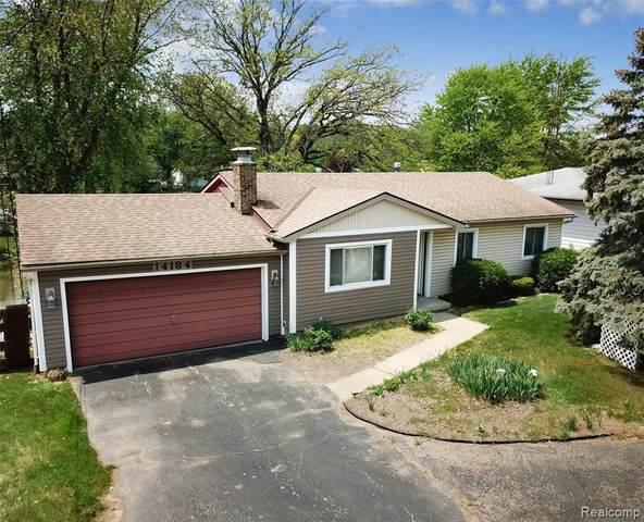 14184 North Rd, Fenton, MI 48430 (MLS #2210038405) :: The BRAND Real Estate