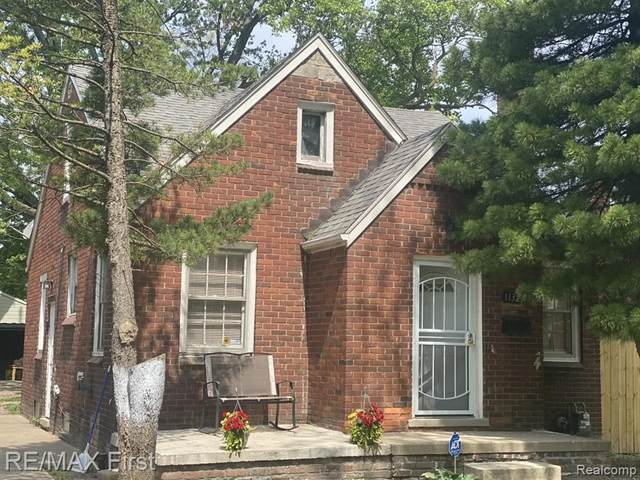11325 Lakepointe St, Detroit, MI 48224 (MLS #2210038486) :: Kelder Real Estate Group