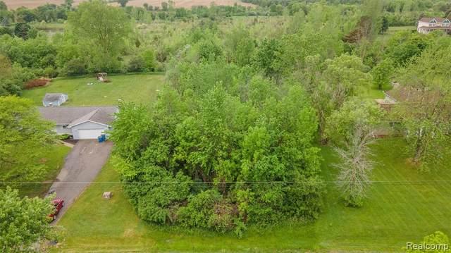 1182 S Morrish Rd, Flint, MI 48532 (MLS #2210039160) :: The BRAND Real Estate