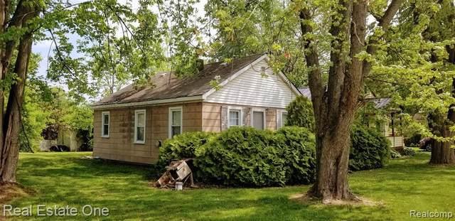 7323 Dogwood Rd E, Lexington, MI 48450 (MLS #2210039215) :: The BRAND Real Estate