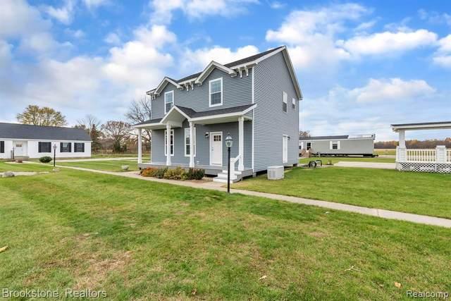 528 E 12 Mile Rd, Royal Oak, MI 48073 (MLS #2210040066) :: Kelder Real Estate Group