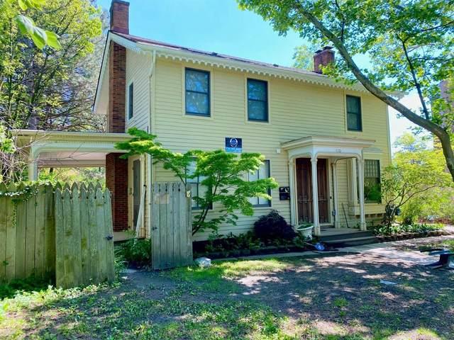120 Packard St, Ann Arbor, MI 48104 (MLS #3281473) :: The BRAND Real Estate
