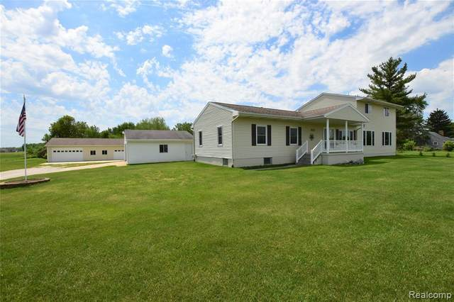 5473 Hill Rd, Swartz Creek, MI 48473 (MLS #2210041989) :: Kelder Real Estate Group